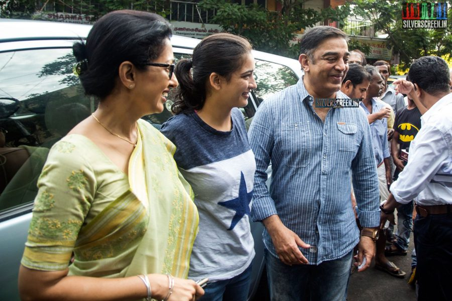 celebrities-vote-in-tamil-nadu-assembly-elections-2016-hq-photos-0023.jpg