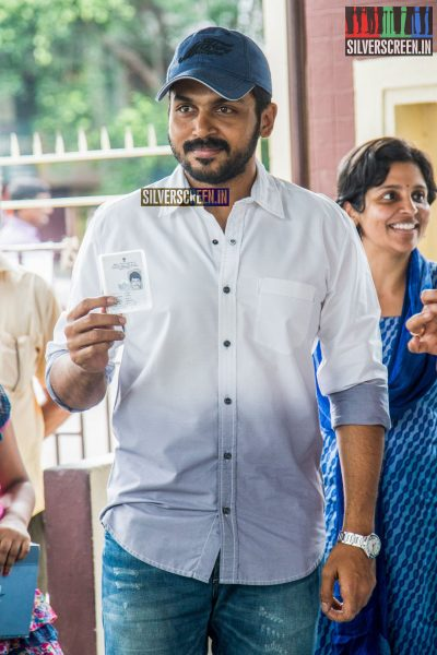 celebrities-vote-in-tamil-nadu-assembly-elections-2016-hq-photos-0036.jpg