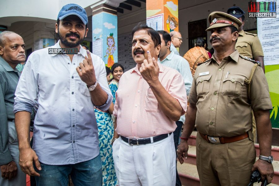 celebrities-vote-in-tamil-nadu-assembly-elections-2016-hq-photos-0040.jpg