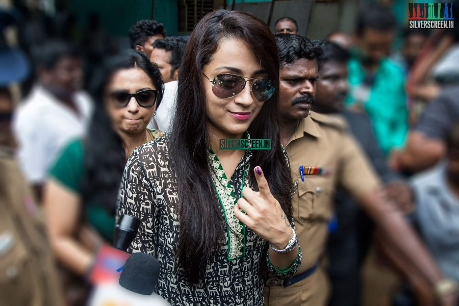 celebrities-vote-in-tamil-nadu-assembly-elections-2016-hq-photos-0047.jpg