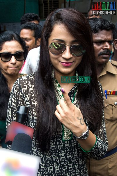 celebrities-vote-in-tamil-nadu-assembly-elections-2016-hq-photos-0048.jpg