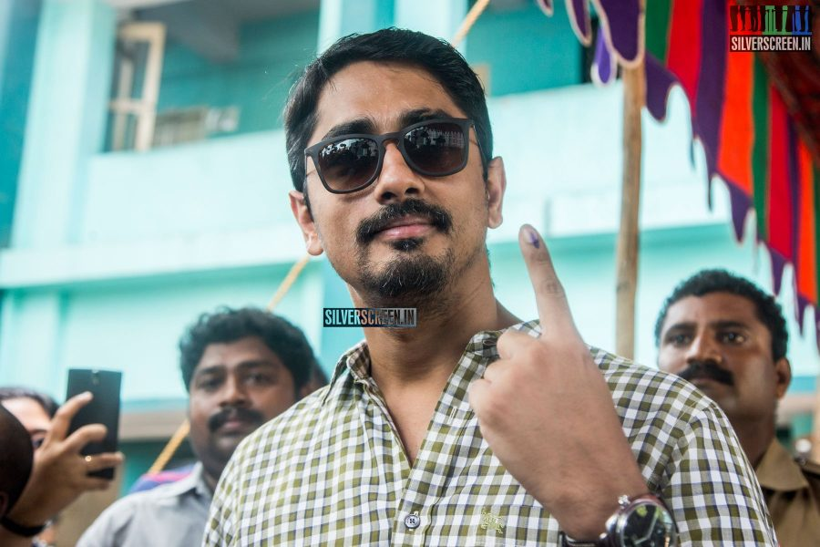 celebrities-vote-in-tamil-nadu-assembly-elections-2016-hq-photos-0051.jpg