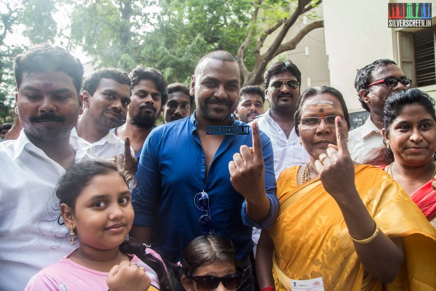 celebrities-vote-in-tamil-nadu-assembly-elections-2016-hq-photos-0058.jpg