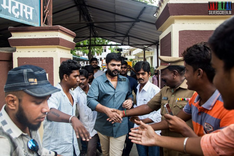 celebrities-vote-in-tamil-nadu-assembly-elections-2016-hq-photos-0064.jpg