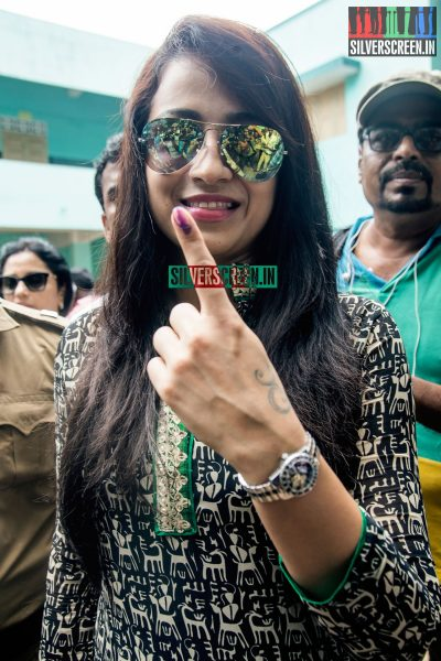 celebrities-vote-in-tamil-nadu-assembly-elections-2016-hq-photos-0070.jpg