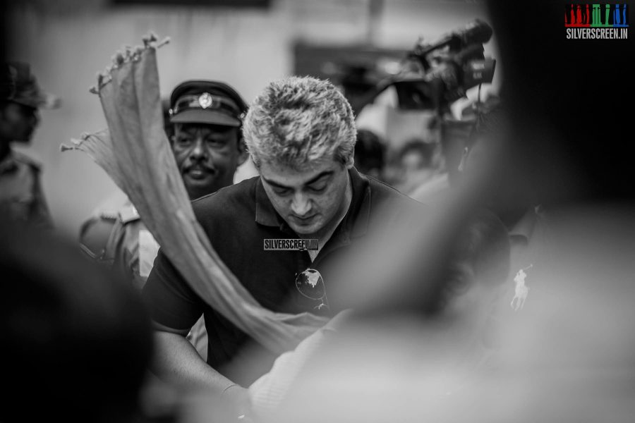 celebrities-vote-in-tamil-nadu-assembly-elections-2016-hq-photos-0077.jpg