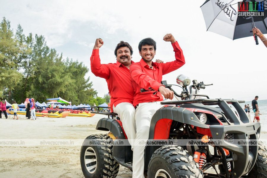 Meen Kuzhambum Mann Paanaiyum Movie Stills