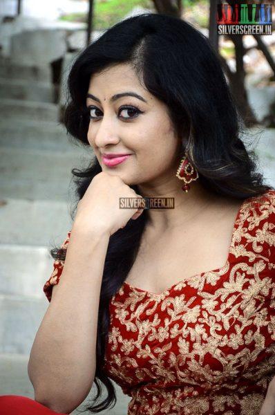 Tejaswini Prakash at Kannullo Nee Roopame Movie Launch