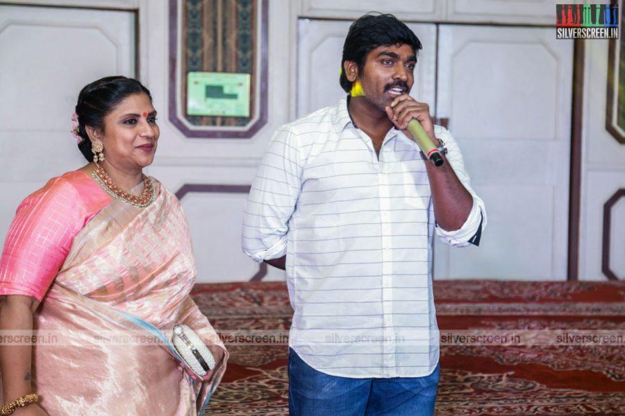 celebrities-rajkumar-sripriya-rajkumars-25th-wedding-anniversary-photos-0027.jpg