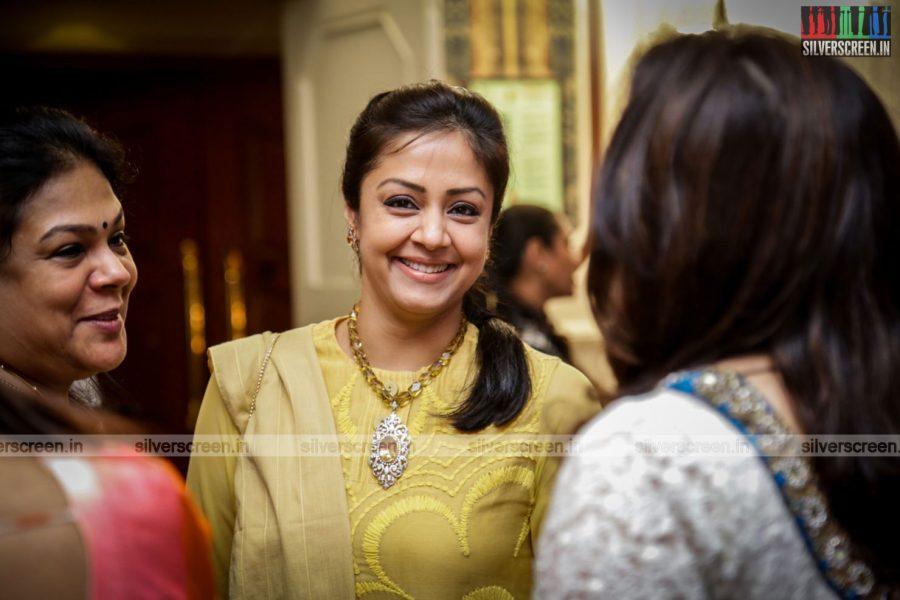 celebrities-rajkumar-sripriya-rajkumars-25th-wedding-anniversary-photos-0033.jpg