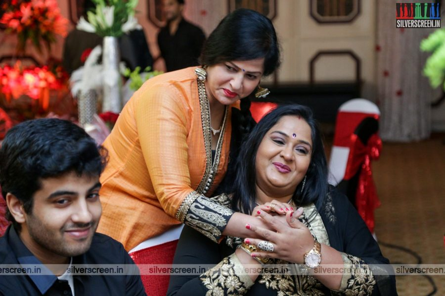 celebrities-rajkumar-sripriya-rajkumars-25th-wedding-anniversary-photos-0055.jpg