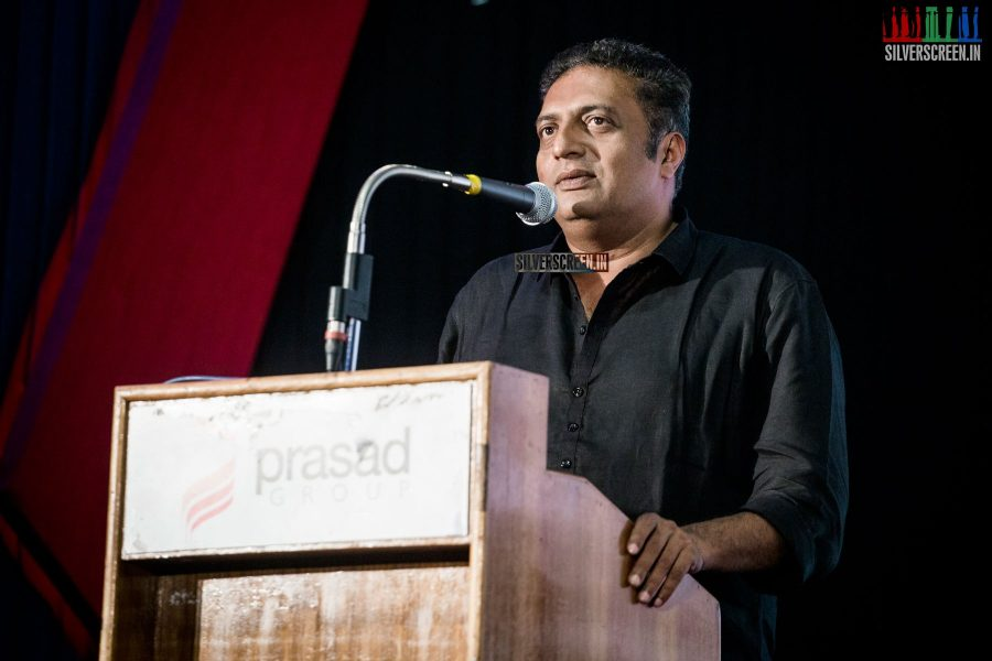 In Karnataka, PM Modi woos farmers; slams Congress