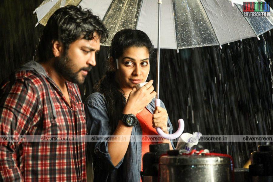 Thittam Poattu Thirudura Kootam Movie Stills