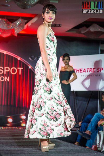 balaji-mohan-and-sanchita-shetty-at-the-launch-of-theatre-spot-production-photos-0028.jpg