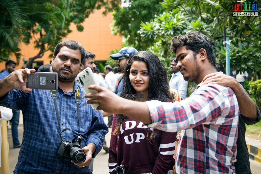 Anupama was in great demand at the event. Seen here showing off her selfie-game!