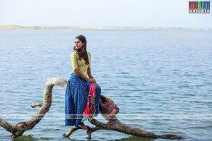 Naanum Rowdy Dhaan Movie Stills