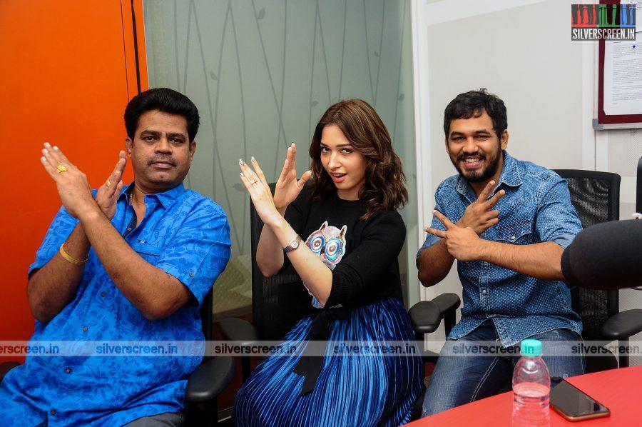 vishal-tamannaah-bhatia-soori-kaththi-sandai-audio-launch-photos-0001.JPG