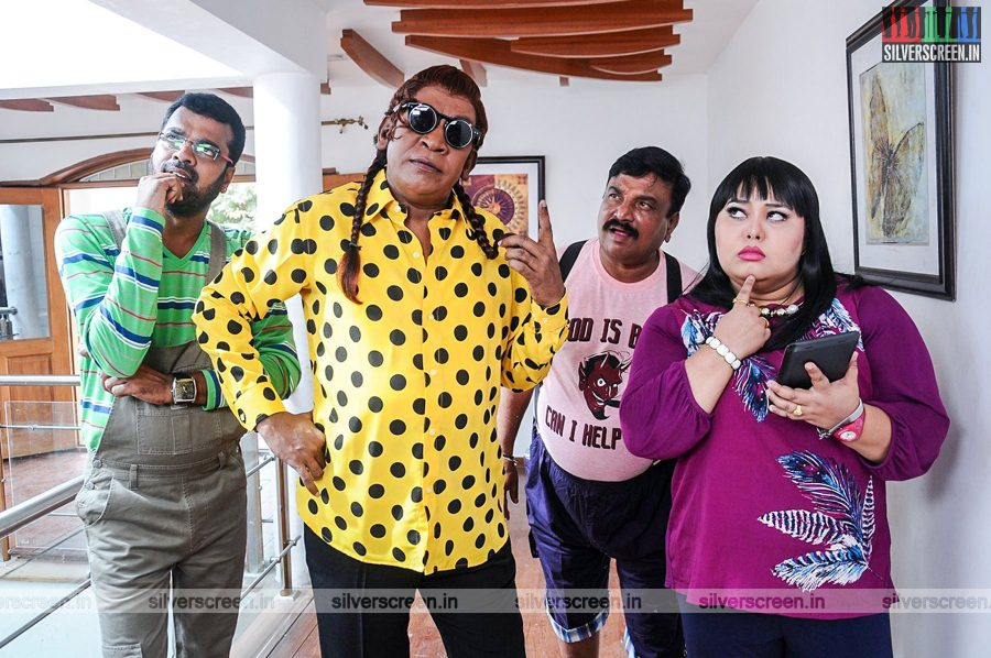 kaththi-sandai-movie-stills-0028.jpg