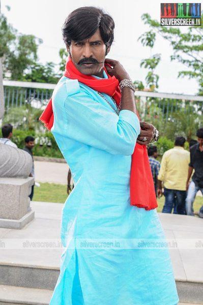 kaththi-sandai-movie-stills-0051.jpg