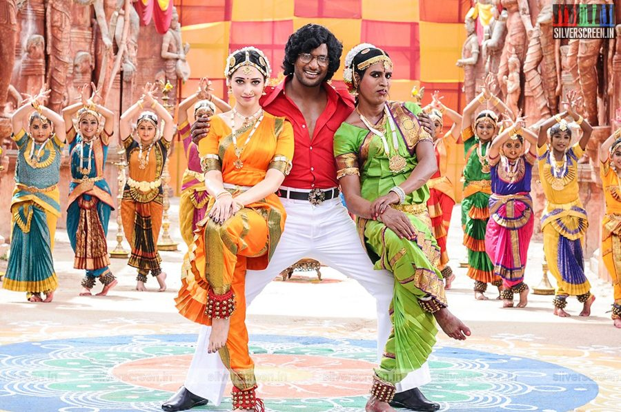 kaththi-sandai-movie-stills-0055.jpg
