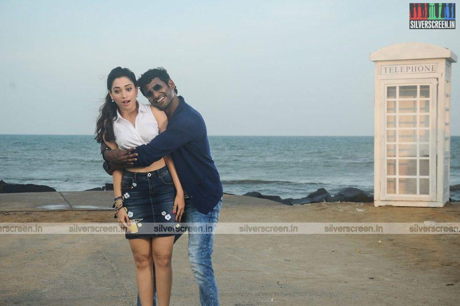 kaththi-sandai-movie-stills-0085.jpg