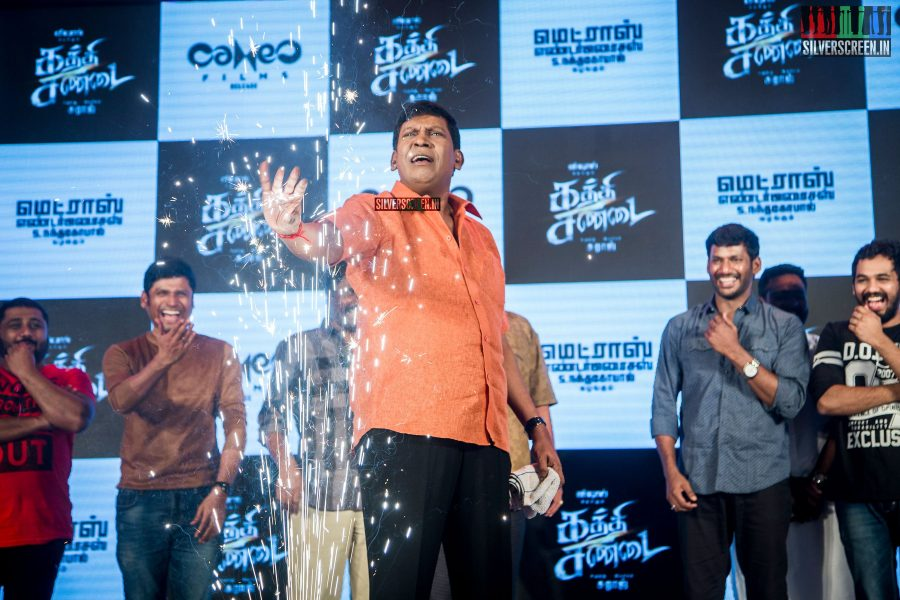 kaththi-sandai-trailer-hd-songs-launch-in-pictures-vadivelu-makes-comeback-vishal-cant-thank-him-enough-for-it-photos-0022.jpg