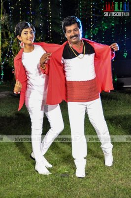 ennodu-nee-irundhal-movie-stills-0011.jpg