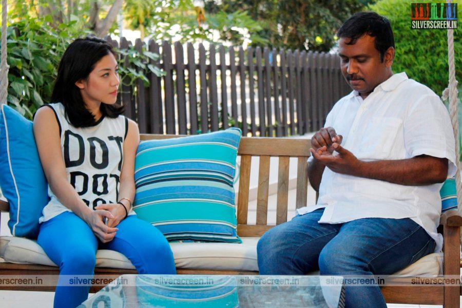 Parandhu Sella Vaa Movie Stills Starring Aishwarya Rajesh, Luthfudeen Basha