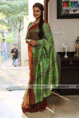 pattinapakkam-movie-stills-starring-kalaiarasan-anaswara-kumar-chaya-singh-stills-0010.jpg