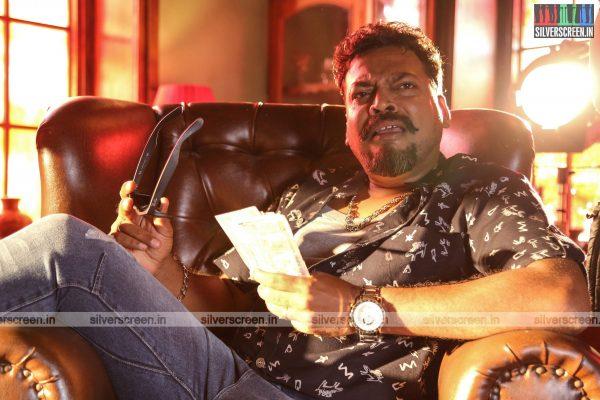 pattinapakkam-movie-stills-starring-kalaiarasan-anaswara-kumar-chaya-singh-stills-0011.jpg