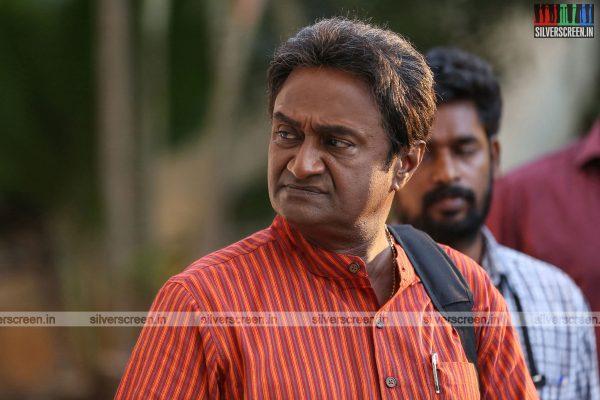 pattinapakkam-movie-stills-starring-kalaiarasan-anaswara-kumar-chaya-singh-stills-0015.jpg