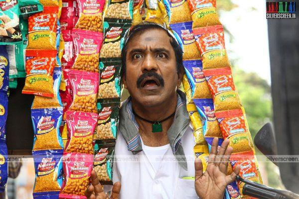 pattinapakkam-movie-stills-starring-kalaiarasan-anaswara-kumar-chaya-singh-stills-0016.jpg