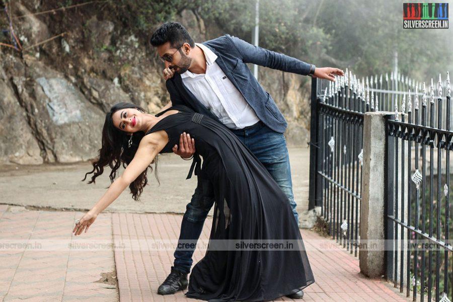 sathuradi-3500-movie-stills-starring-iniya-rahman-prathap-pothen-directed-stephen-photos-0007.jpg