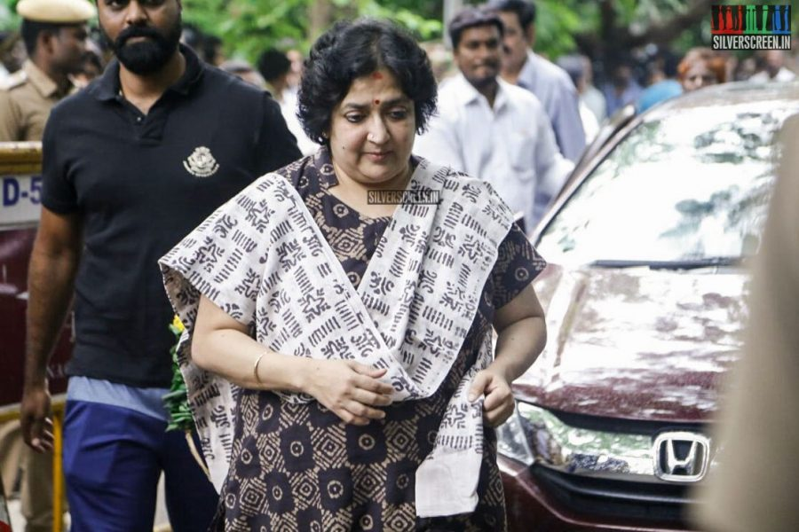 Repay 'Kochadaiiyaan' debt within 12 weeks: SC tells Latha Rajinikanth