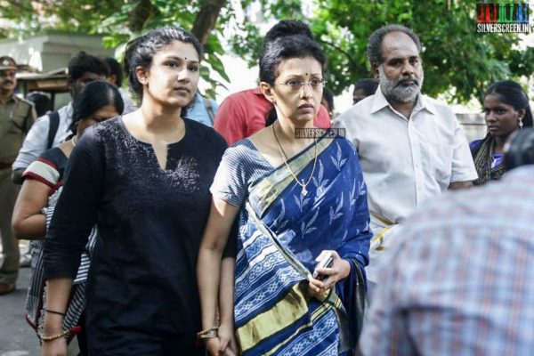 suriya-karthi-vishal-nasser-o-panneerselvam-and-others-pay-homage-to-cho-ramaswamy-photos-0033.jpg
