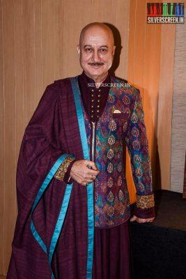taapsee-pannu-shriya-saran-mugdha-godse-and-others-walk-for-lakshyam-show-at-brand-of-the-year-awards-photos-0018.jpg