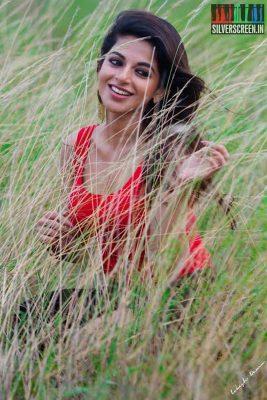 actress-iswarya-menon-photoshoot-stills-0036.jpg