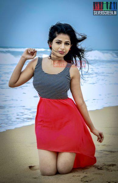 actress-iswarya-menon-photoshoot-stills-010.jpg