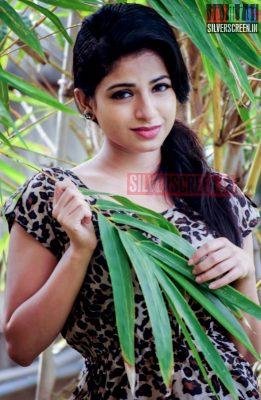 actress-iswarya-menon-photoshoot-stills-012.jpg
