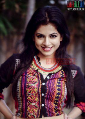 actress-iswarya-menon-photoshoot-stills-014.jpg