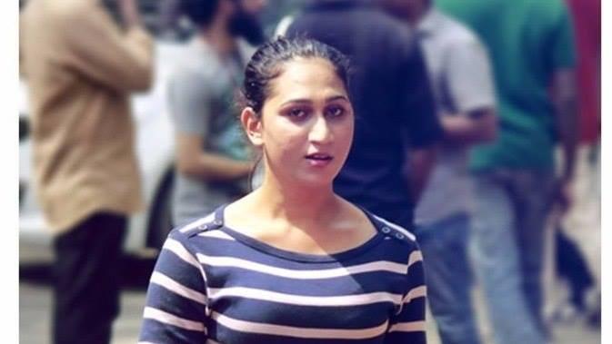 Transgender Actress Anjali Ameer In Director Ram S