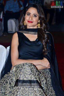 anushka-shetty-pragya-jaiswal-om-namo-venkatesaya-audio-launch-photos-0003.jpg