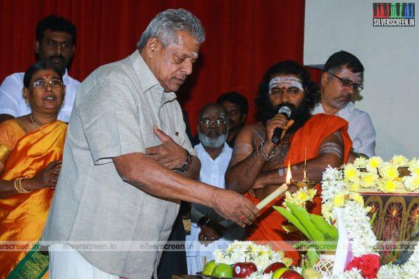 indha-nilai-maarum-with-yg-mahendran-lakshmy-ramakrishnan-and-director-arun-kanth-photos-0011.jpg