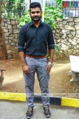 indha-nilai-maarum-with-yg-mahendran-lakshmy-ramakrishnan-and-director-arun-kanth-photos-0014.jpg