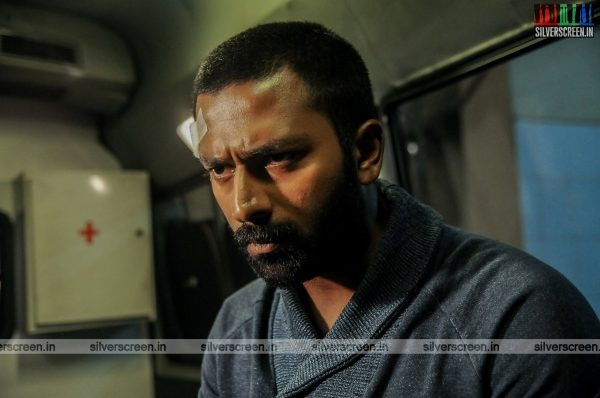 mupparimanam-movie-stills-starring-shanthanu-bhagyaraj-srushti-dange-directed-adhiroopan-photos-0002.jpg