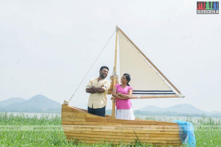 mupparimanam-movie-stills-starring-shanthanu-bhagyaraj-srushti-dange-directed-adhiroopan-photos-0003.jpg