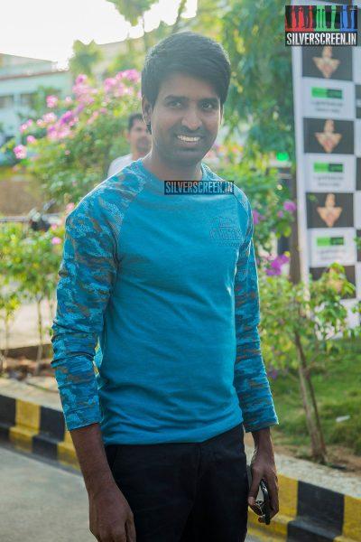 singam-3-press-meet-photos-with-suriya-soori-kanal-kannan-ke-gnanavelraja-and-director-hari-photos-0004.jpg