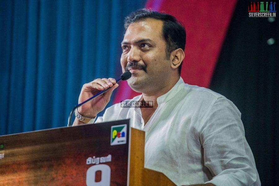singam-3-press-meet-photos-with-suriya-soori-kanal-kannan-ke-gnanavelraja-and-director-hari-photos-0014.jpg