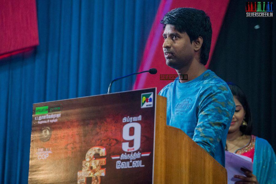 singam-3-press-meet-photos-with-suriya-soori-kanal-kannan-ke-gnanavelraja-and-director-hari-photos-0019.jpg