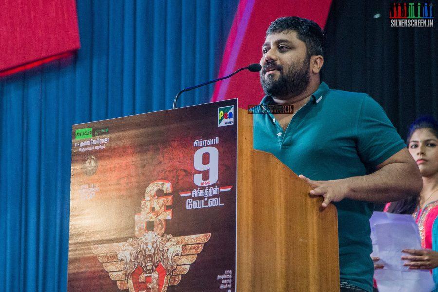singam-3-press-meet-photos-with-suriya-soori-kanal-kannan-ke-gnanavelraja-and-director-hari-photos-0024.jpg